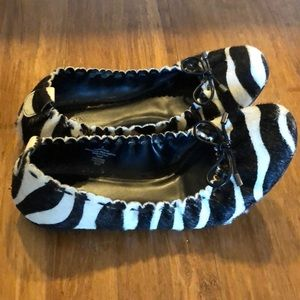 Shoes - Animal print ballet flats size 8
